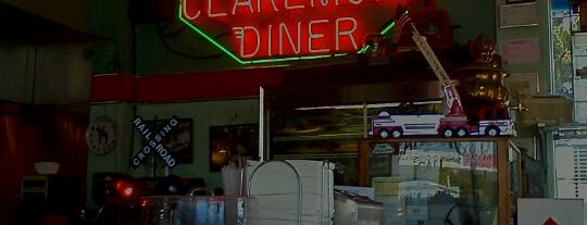 Claremont Diner is one of BerkeleyBreakfasts (+ shoutin' distance).