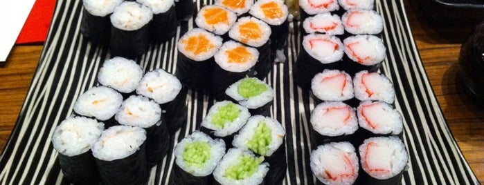SushiCo is one of Lugares favoritos de Selen.