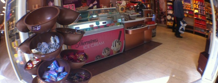 Thorntons is one of Summer in London/été à Londres.