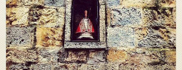 Cuesta de Santo Domingo is one of Año Salvaje.