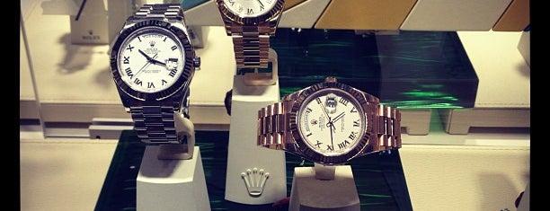 Rolex Boutique is one of Locais salvos de Loda.