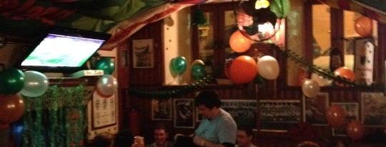 Silver's Irish Pub is one of Лучшие заведения.