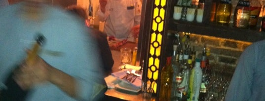 el willys is one of Tim's Favorite Restaurants & Bars around The Globe.