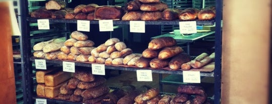 Sullivan Street Bakery is one of Locais curtidos por Louise.