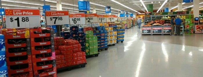 Walmart Supercenter is one of สถานที่ที่ Gayla ถูกใจ.