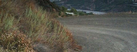 Rattlesnake Fire Road is one of Hiking - LA - South Bay - OC - etc..