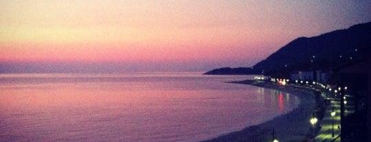 Agios Ioannis Beach is one of Lieux sauvegardés par lost.