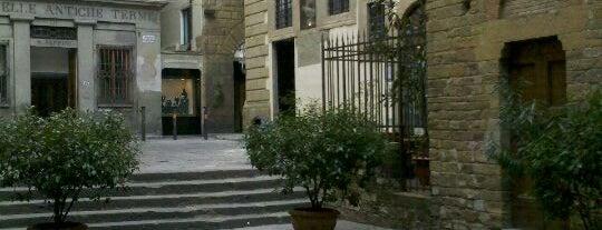 Piazza del Limbo is one of 101 posti da vedere a Firenze prima di morire.