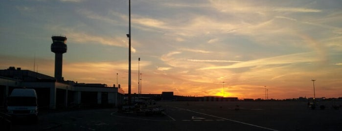 East Midlands Airport (EMA) is one of Part 1~International Airports....