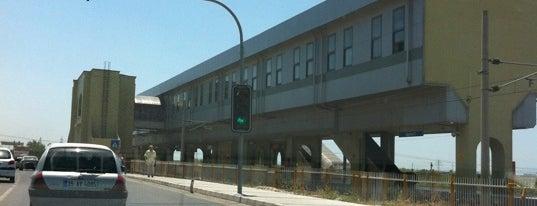 İzban Egekent 2  İstasyonu is one of Lieux qui ont plu à Mesut.