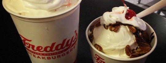 Freddy's Frozen Custard & Steakburgers is one of Food in PHX.