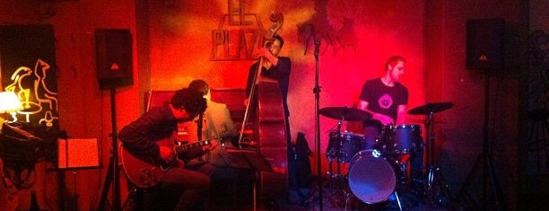 El Plaza Jazz Club is one of Madrid Live Music (1/2).
