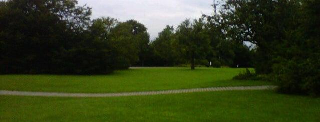 Südpark is one of StorefrontSticker #4sqCities: Düsseldorf.