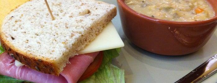 Panera Bread is one of Locais curtidos por Karl.
