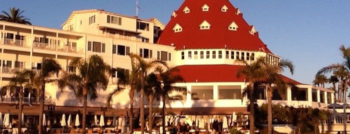 Hotel del Coronado is one of US Landmarks.