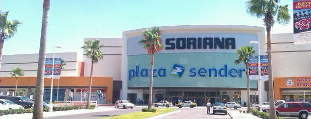 Plaza Sendero is one of Locais curtidos por Jomeini.