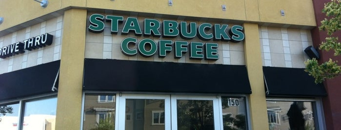 Starbucks is one of Posti che sono piaciuti a Khem.