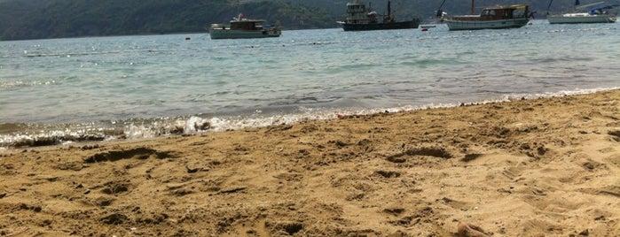Elmaskum Beach is one of Locais salvos de İzzet.