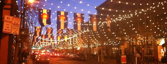Larimer Square is one of Lugares favoritos de Ryan.