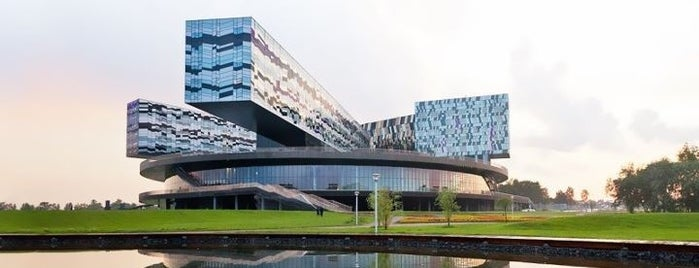 Skolkovo Business School is one of Бейдж Red Square.