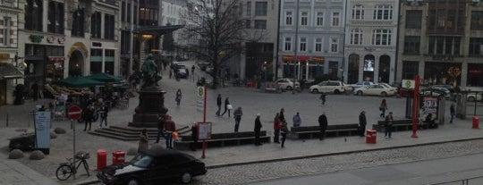 Gänsemarkt is one of StorefrontSticker #4sqCities: Hamburg.