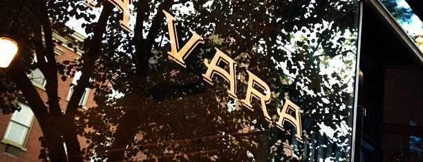 La Vara is one of Hood dinner spots.