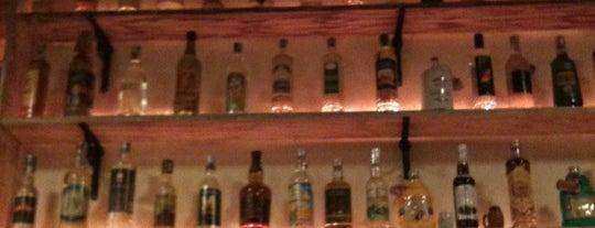 Malagueta Bar & Restaurante is one of Cintia 님이 저장한 장소.