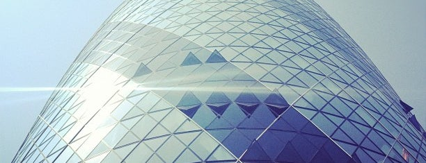 30 St Mary Axe is one of Inglaterra.