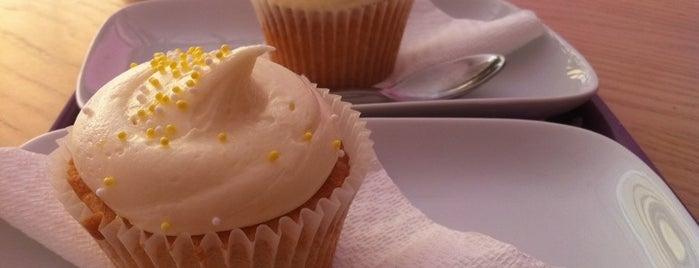 Liz's Cupcakes is one of Tasos'un Kaydettiği Mekanlar.