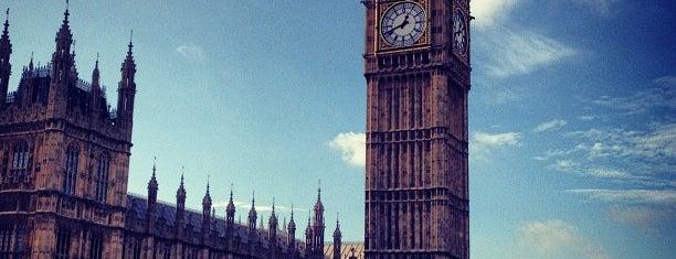 Big Ben (Torre Elisabeth) is one of Top London attractions.