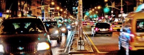Midtown East is one of Manhattan Neighbourhoods.
