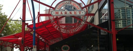 Lonsdale Quay Market is one of Cafes in Vancouver.