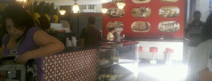 Café e Bar Nisa is one of Orte, die Wallace gefallen.