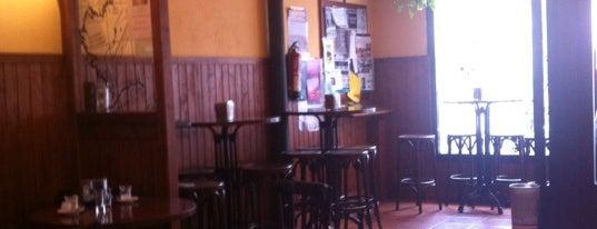 La Taberna de Los Mundos is one of Bar–Café en Vitoria-Gasteiz.