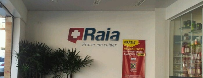Droga Raia is one of Remédio.