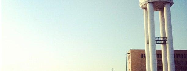 Tempelhofer Park is one of Berlin Best: Sights.