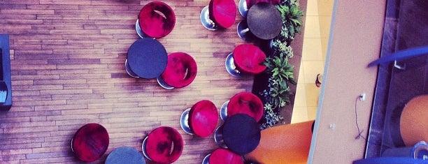Red. Espresso Bar is one of Alex : понравившиеся места.