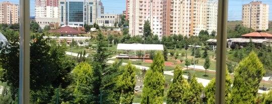 Yenikoy Sitesi is one of Metin'in Beğendiği Mekanlar.