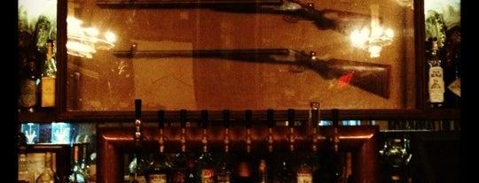 Hemingway's Lounge is one of los angeles picks and things.