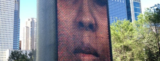 Crown Fountain is one of Ohio House Motel.
