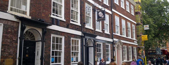 Guy Fawkes Inn is one of Tempat yang Disukai Carl.