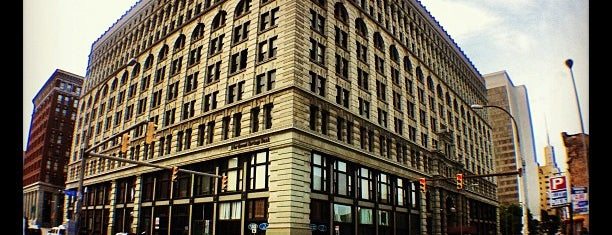 Ellicott Square Building is one of Buffalo.