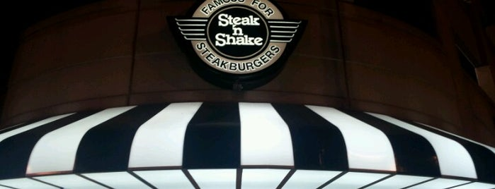 Steak 'n Shake is one of Gene'nin Beğendiği Mekanlar.