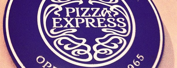 PizzaExpress is one of Orte, die Oliver gefallen.