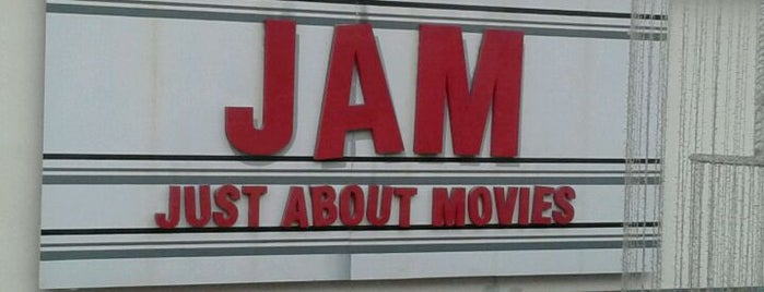 JAM Multiplex, Shipra Mall is one of Amitさんのお気に入りスポット.