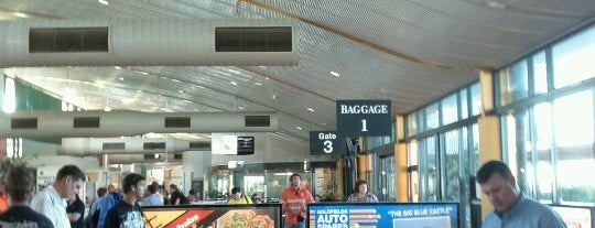 Kalgoorlie-Boulder Airport (KGI) is one of Internode WiFi Hotspots in Western Australia.