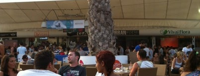 Tenda Bar is one of Lugares favoritos de Francesco.