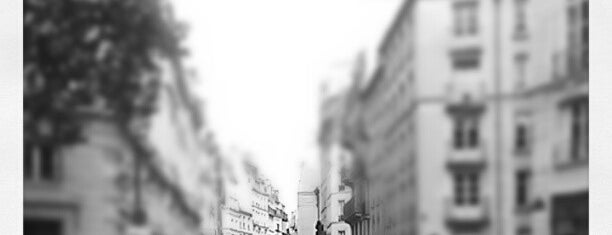 Place Baudoyer is one of Paris ♡..