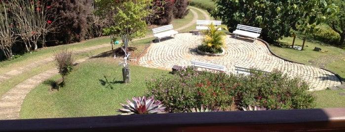Hotel Fazenda Rosa Dos Ventos is one of Tempat yang Disukai Malvina.