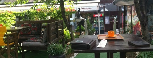 Aşiyan Pasta & Cafe is one of Elifnazさんのお気に入りスポット.